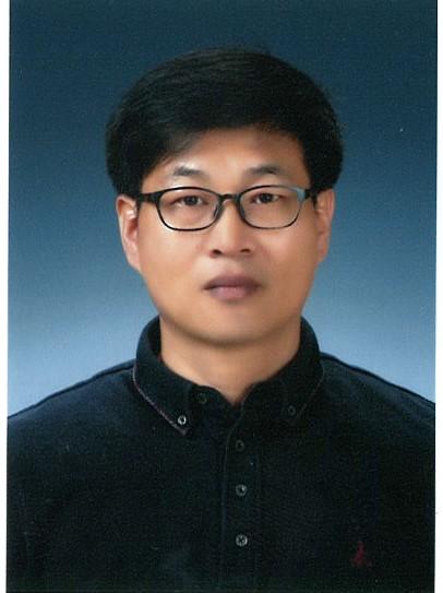 신기형 교수 사진