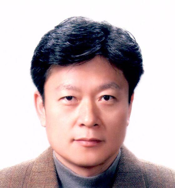 김동준 교수 사진