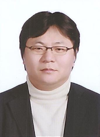 홍성웅 교수 사진