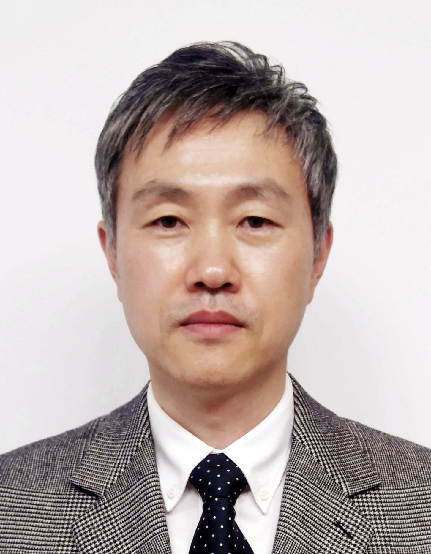 윤성호 교수 사진