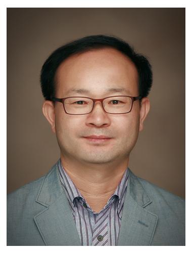 변광섭 교수 사진